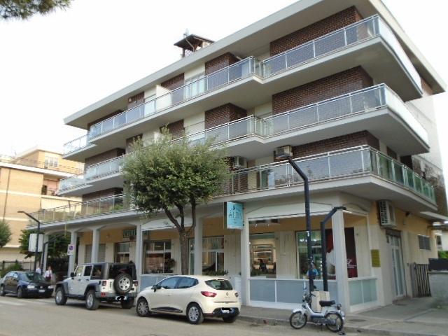 Martinsicuro vendesi in zona centrale vicino al Municipio