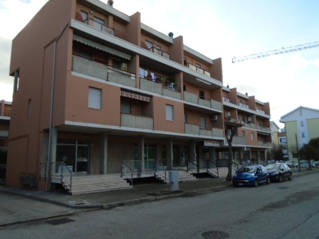 Martinsicuro vendesi in zona centrale e residenziale….